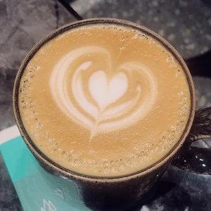 喝杯咖啡☕️幻想一下午🏝
