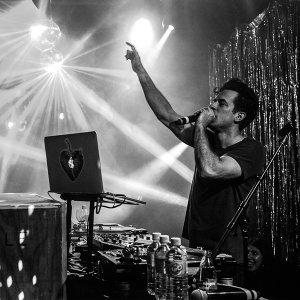 Mark Ronson「Club Heartbreak」Live In Melbourne 演出歌曲精選