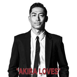 """""""AKIRA LOVES"""""""