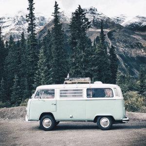 舒服的旋律陪你來一場浪漫的山間旅行