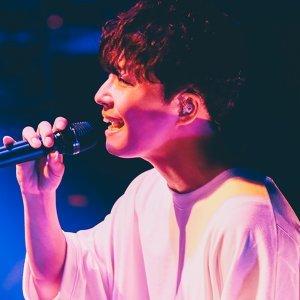 """星野源 Gen Hoshino's 10th Anniversary Concert """"Gratitude"""""""