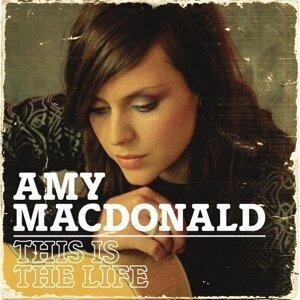 Amy Macdonald8/25
