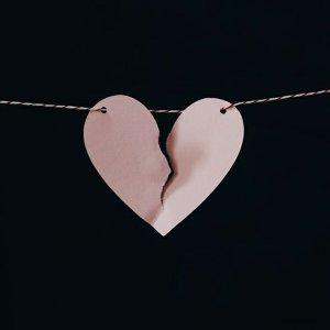 愛情選擇題:有天我們就不愛了💔