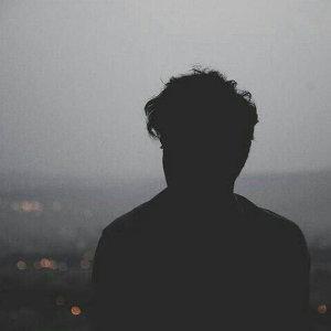 寂寞的夜裡,練習一個人獨白