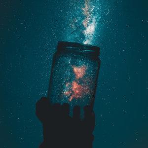 寂靜的夜裡,傾聽內心最真實的聲音