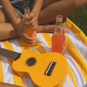 一把吉他,給你一個美好早晨🍊