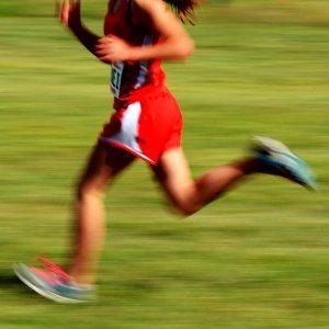 給跑一公里要用六分鐘的你