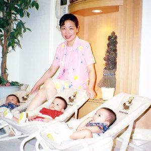 三胞胎媽咪講故事
